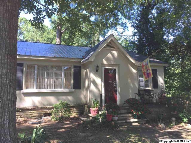 2004 Brown Street, Guntersville, AL 35976 (MLS #1073587) :: Amanda Howard Real Estate™