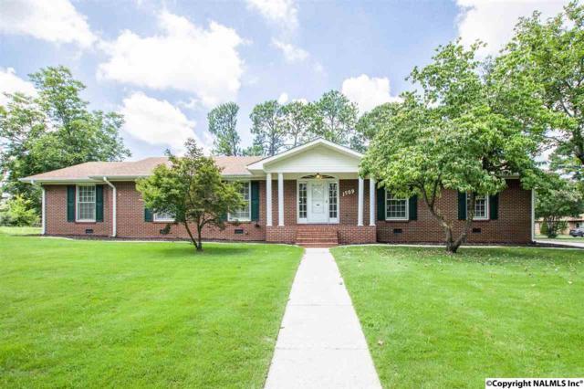 1509 15TH AVENUE, Decatur, AL 35601 (MLS #1074327) :: Amanda Howard Real Estate