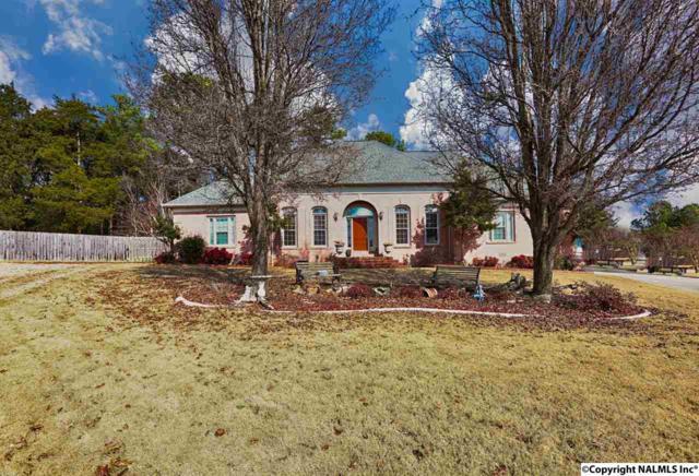 135 Windingham Drive, Huntsville, AL 35806 (MLS #1078651) :: Intero Real Estate Services Huntsville