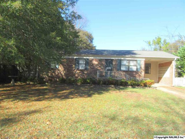 916 SW Clearview Street, Decatur, AL 35601 (MLS #1082126) :: RE/MAX Alliance