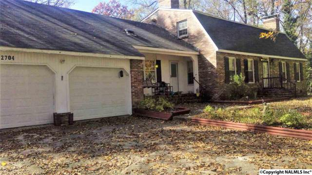 2704 Wayne  Circle, Decatur, AL 35603 (MLS #1082229) :: RE/MAX Alliance