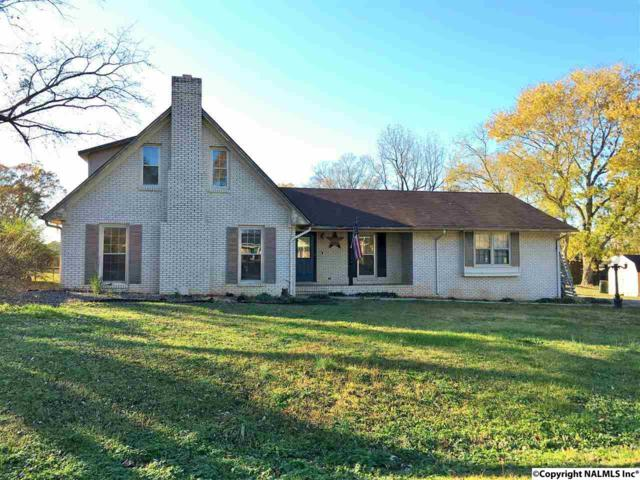 141 County Road 397, Courtland, AL 35618 (MLS #1083056) :: Capstone Realty
