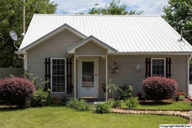 1902 Toll Gate Road, Huntsville, AL 35801 (MLS #1085076) :: Capstone Realty