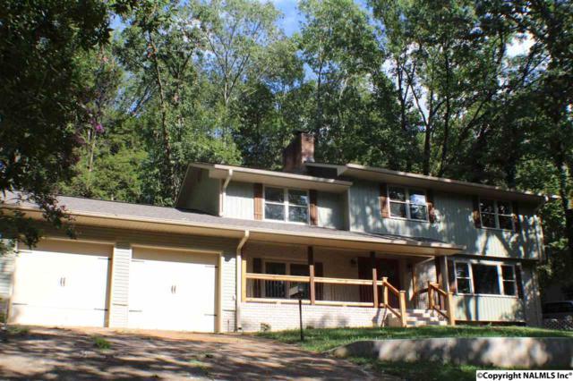 2215 Lytle Street, Huntsville, AL 35801 (MLS #1085402) :: Capstone Realty