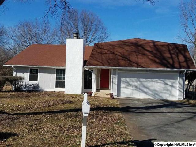2009 Hackberry Green, Huntsville, AL 35803 (MLS #1086562) :: Amanda Howard Real Estate™