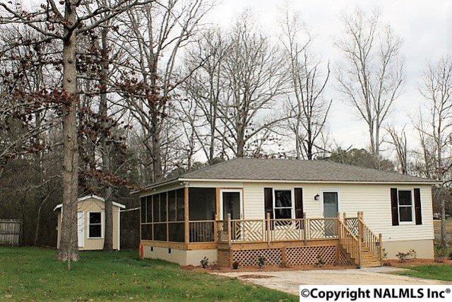 18 Briarwood Lane, Rainsville, AL 35986 (MLS #1087673) :: RE/MAX Alliance