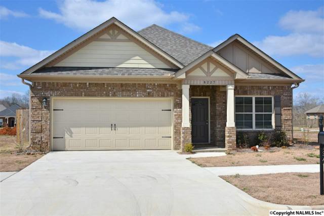 8227 Stone Mill Drive, Huntsville, AL 35806 (MLS #1088645) :: Amanda Howard Real Estate™