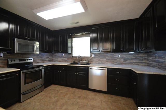 500 Kimberly Street, Albertville, AL 35950 (MLS #1090454) :: Legend Realty