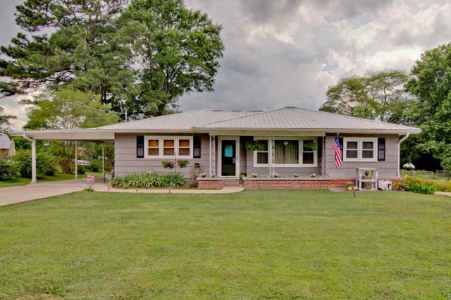 904 Garden Drive, Scottsboro, AL 35768 (MLS #1096048) :: RE/MAX Alliance