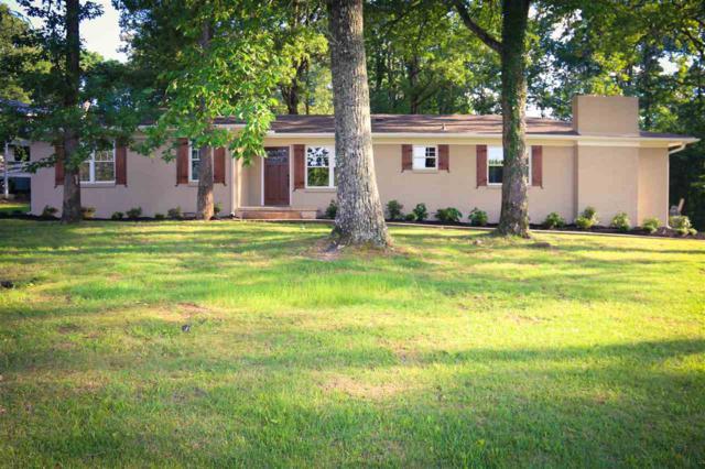 1801 Pinehurst Street, Hartselle, AL 35640 (MLS #1096578) :: Legend Realty