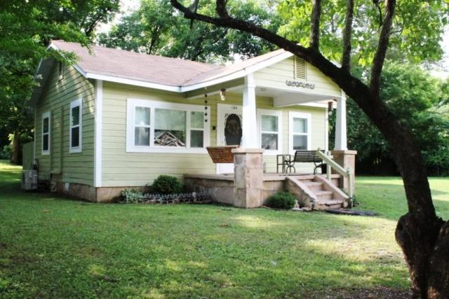 1104 Alabama Avenue, Fort Payne, AL 35967 (MLS #1096580) :: Legend Realty
