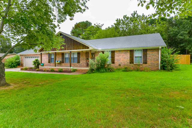1102 Way Thru The Woods, Decatur, AL 35603 (MLS #1100152) :: Amanda Howard Sotheby's International Realty