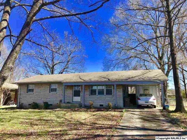 1704 Buena Vista Circle, Decatur, AL 35601 (MLS #1100532) :: Amanda Howard Sotheby's International Realty