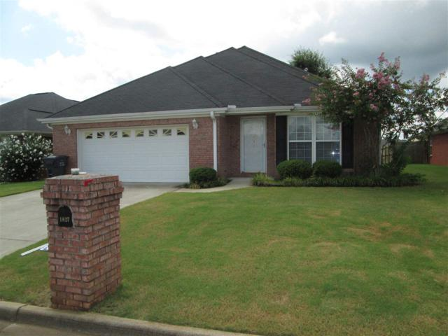 1827 Scobee Avenue, Decatur, AL 35603 (MLS #1100772) :: RE/MAX Distinctive | Lowrey Team
