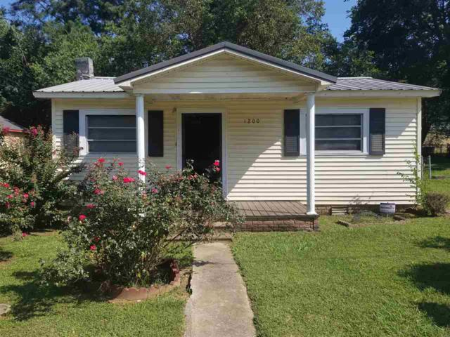 1200 Widow Drive, Athens, AL 35611 (MLS #1102400) :: The Pugh Group RE/MAX Alliance
