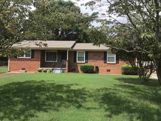 2716 Pinetree Lane, Huntsville, AL 35810 (MLS #1103365) :: The Pugh Group RE/MAX Alliance