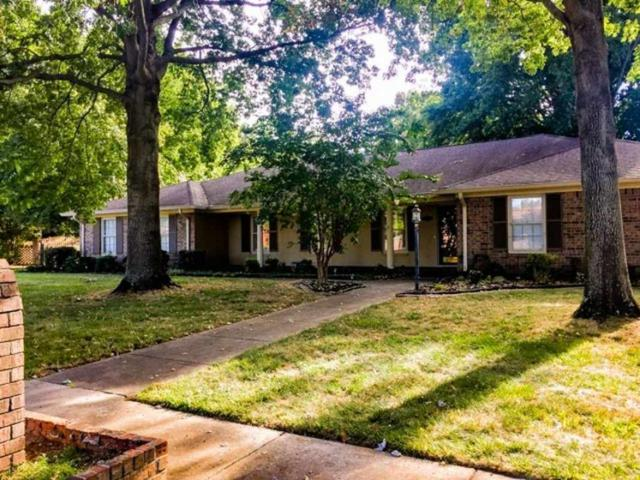 221 Teakwood Drive, Huntsville, AL 35801 (MLS #1103396) :: Amanda Howard Sotheby's International Realty