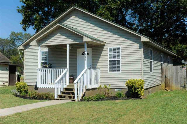 1111 Rison Avenue, Huntsville, AL 35801 (MLS #1103643) :: Legend Realty