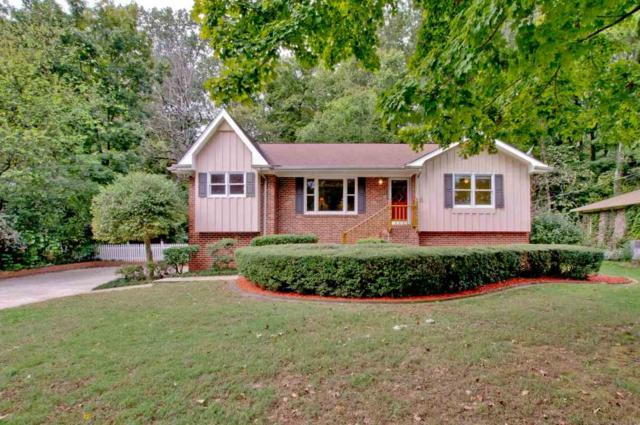 8124 Hickory Hill Lane, Huntsville, AL 35802 (MLS #1105351) :: Intero Real Estate Services Huntsville