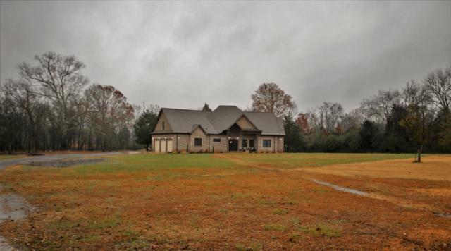 2609 Chapel Hill Road, Decatur, AL 35603 (MLS #1108484) :: RE/MAX Alliance