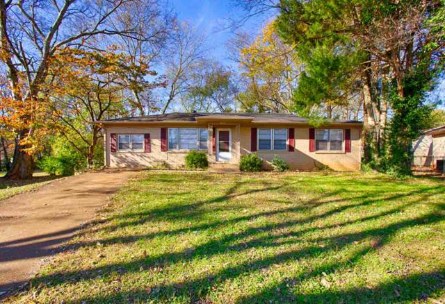1901 Canterbury Circle, Huntsville, AL 35816 (MLS #1109624) :: The Pugh Group RE/MAX Alliance