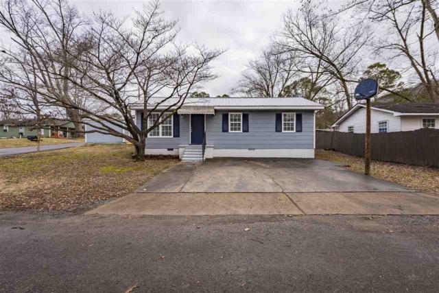 901 Sanders Avenue, Fort Payne, AL 35967 (MLS #1110198) :: Capstone Realty