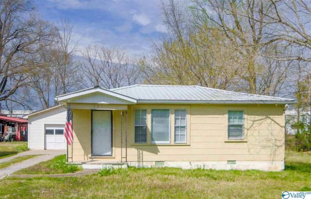 207 Dawson Street, Scottsboro, AL 35768 (MLS #1114779) :: Capstone Realty