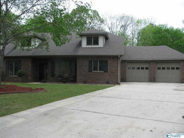 2603 Sherwood Oaks Court, Decatur, AL 35603 (MLS #1116522) :: Legend Realty