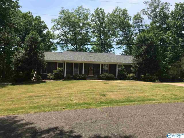 1611 Highland Circle, Guntersville, AL 35976 (MLS #1117586) :: Capstone Realty