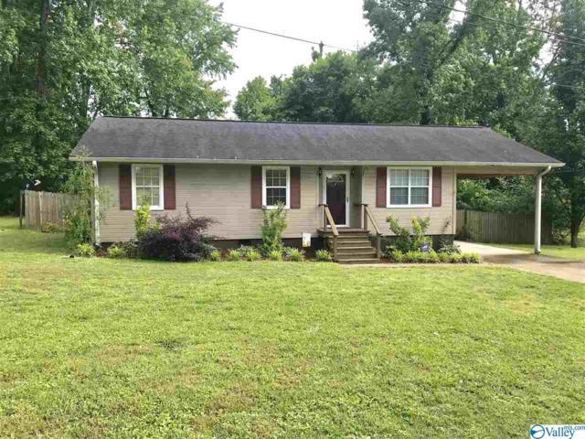 900 Lawrence Avenue, Albertville, AL 35951 (MLS #1118973) :: Eric Cady Real Estate