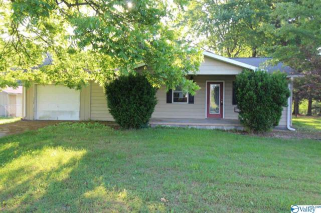 2933 Walnut Street, Albertville, AL 35950 (MLS #1119586) :: The Pugh Group RE/MAX Alliance