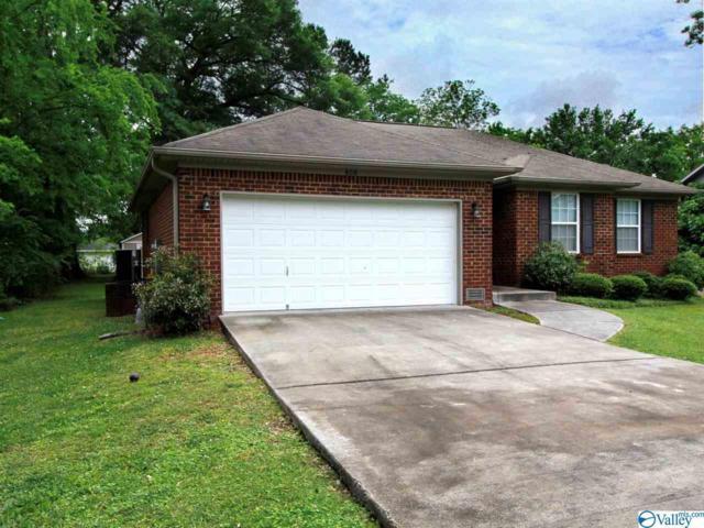 806 Garden Drive, Scottsboro, AL 35768 (MLS #1119657) :: Capstone Realty