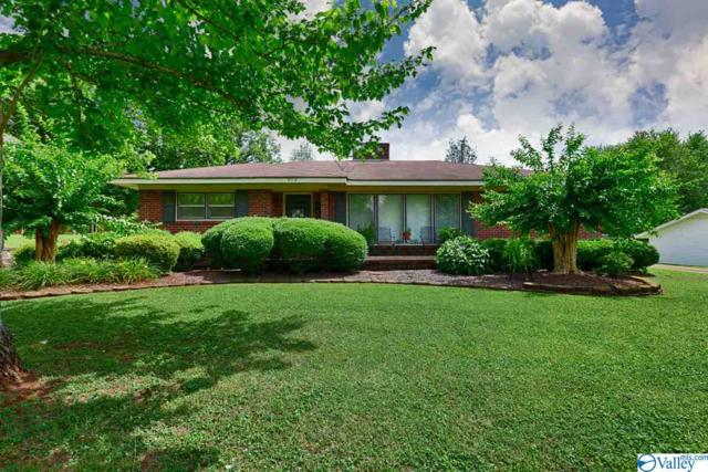 902 East Forrest Street, Athens, AL 35611 (MLS #1120737) :: Capstone Realty