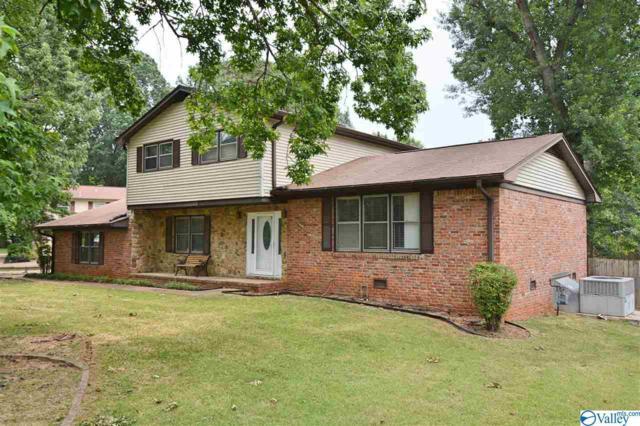 7905 Double Tree Drive, Huntsville, AL 35802 (MLS #1120827) :: Intero Real Estate Services Huntsville