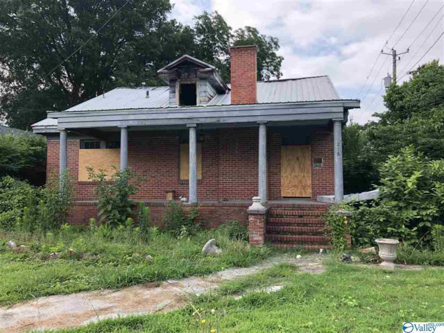218 S 9TH STREET, Gadsden, AL 35903 (MLS #1121053) :: Intero Real Estate Services Huntsville