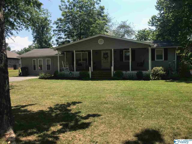 151 Meadow Lane, Decatur, AL 35603 (MLS #1123020) :: Capstone Realty
