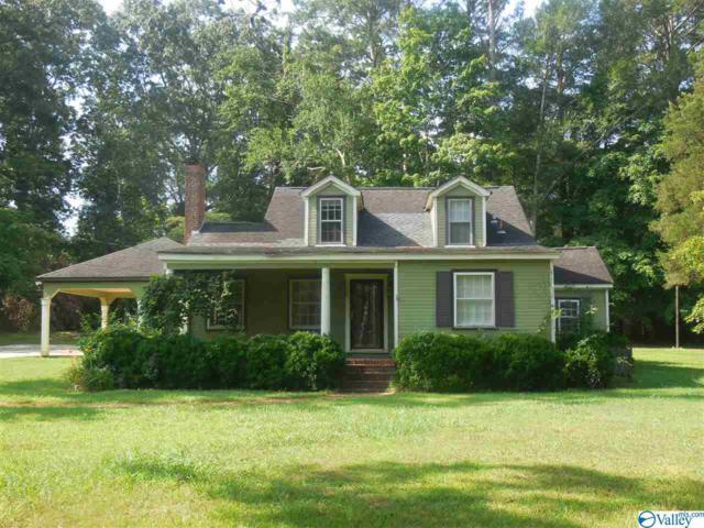 2211 SW Chapel Hill Road, Decatur, AL 35603 (MLS #1123176) :: Legend Realty