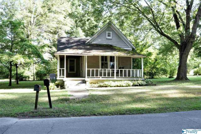 909 Austin Street, Decatur, AL 35601 (MLS #1124081) :: Capstone Realty