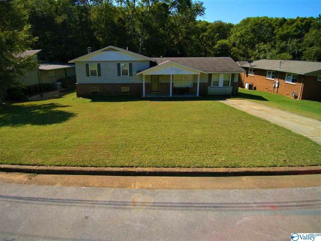 2204 Shades Crest Road, Huntsville, AL 35801 (MLS #1127420) :: The Pugh Group RE/MAX Alliance