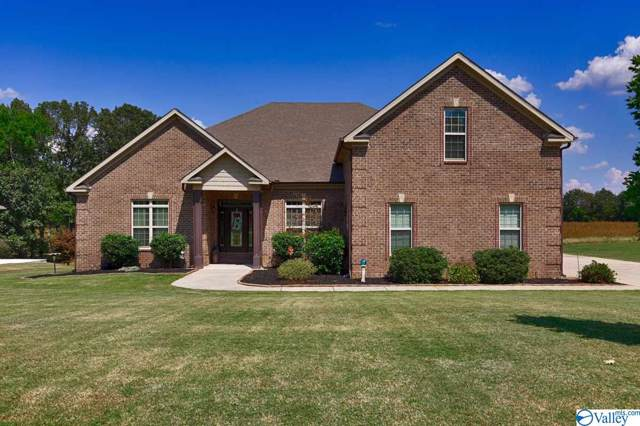 12872 Saint Andrews Drive, Athens, AL 35611 (MLS #1128220) :: Amanda Howard Sotheby's International Realty