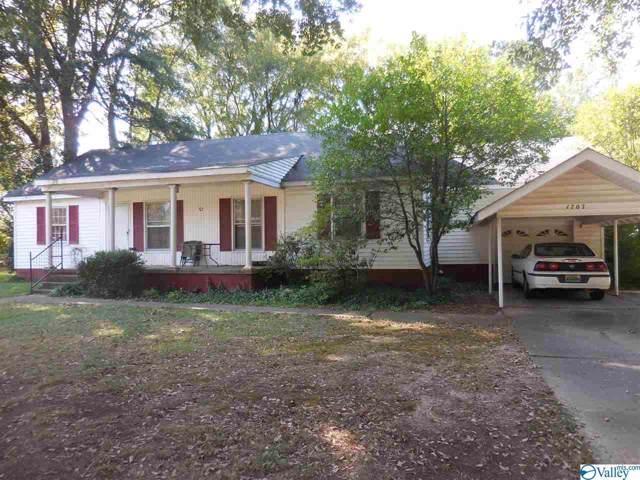 1707 Cagle Drive, Decatur, AL 35601 (MLS #1128355) :: Capstone Realty