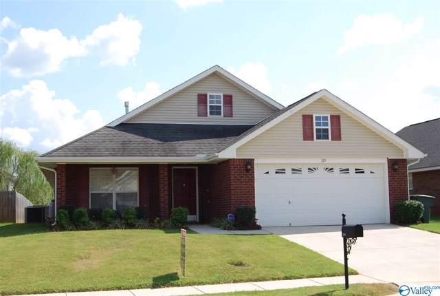 219 Shadow Cove Drive, Huntsville, AL 35824 (MLS #1128558) :: Amanda Howard Sotheby's International Realty