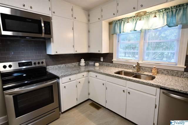 1404 11TH AVENUE SE, Decatur, AL 35601 (MLS #1129319) :: Amanda Howard Sotheby's International Realty