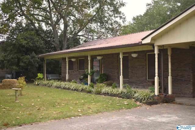 1107 SW Cedarwood Drive, Fort Payne, AL 35968 (MLS #1129817) :: Amanda Howard Sotheby's International Realty