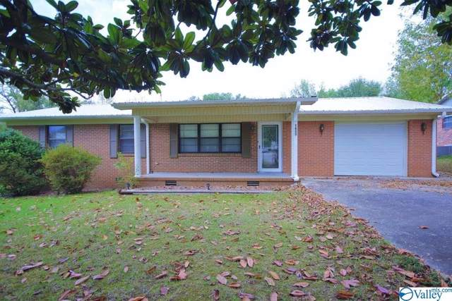 1605 Woodmont Street, Hartselle, AL 35640 (MLS #1129977) :: Amanda Howard Sotheby's International Realty