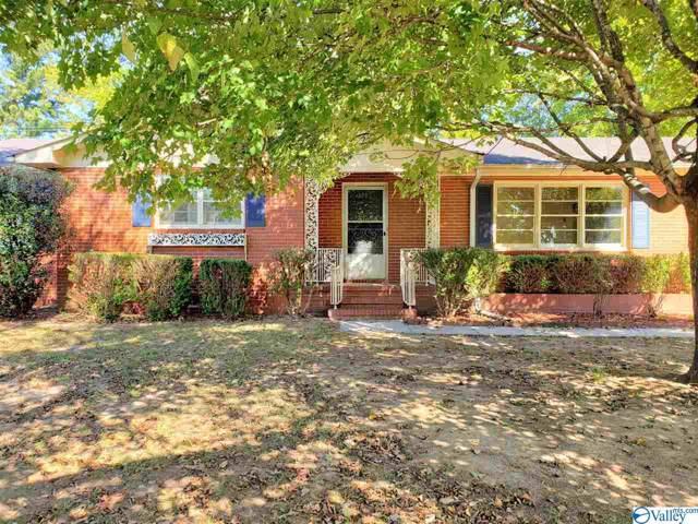 402 Bradley Street, Decatur, AL 35601 (MLS #1130231) :: Amanda Howard Sotheby's International Realty