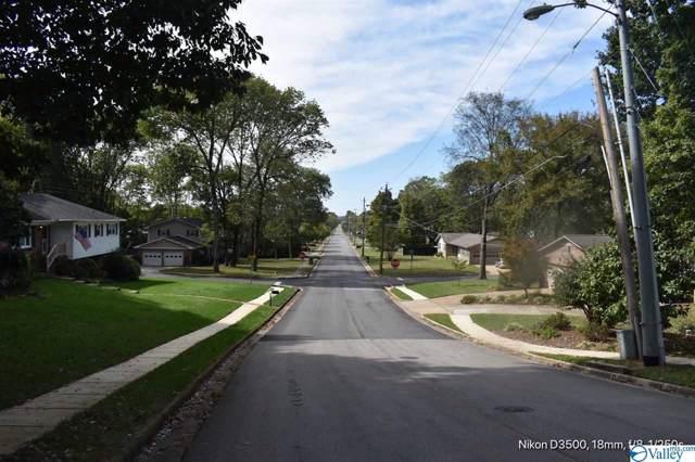2402 Oakwood Av NE Poplar Point, Huntsville, AL 35811 (MLS #1130338) :: Capstone Realty