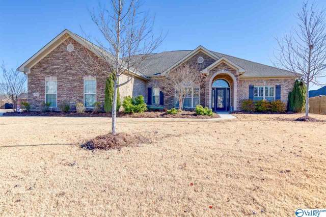 4702 Old Oak Court, Owens Cross Roads, AL 35763 (MLS #1133187) :: Coldwell Banker of the Valley