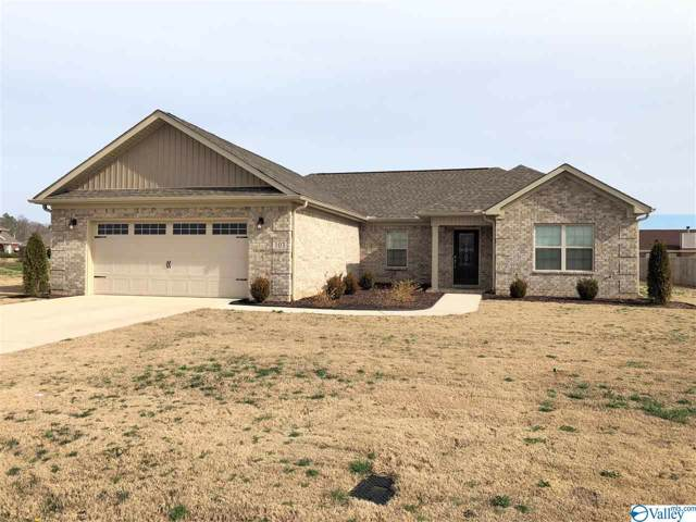 103 Stillwood Drive, Hazel Green, AL 35750 (MLS #1135617) :: Coldwell Banker of the Valley
