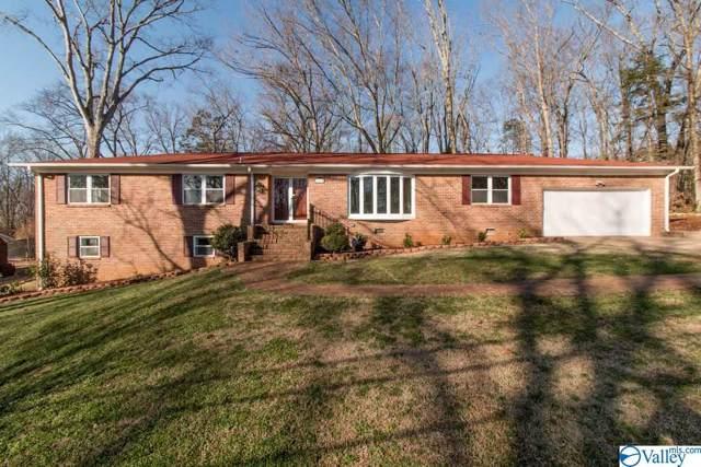 7110 SE Jones Valley Drive, Huntsville, AL 35802 (MLS #1135756) :: Coldwell Banker of the Valley